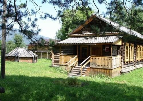 Музей-усадьба Чорос-Гуркина Алтай